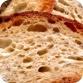 酵母:面包制作的重要原料。